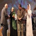 """Creator of """"Banooye Ordibehesht"""" received beneficence badge"""