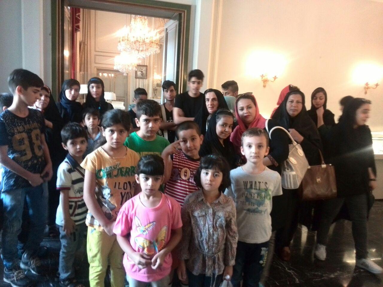 بازدید کودکان مهرآفرین از کاخ سعدآباد