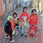 توزیع لباس و اسباب بازی میان کودکان کوره های آجرپزی