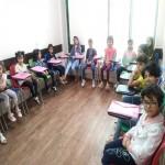 کلاس تابستانی برای دختران خانه مهر کرمان