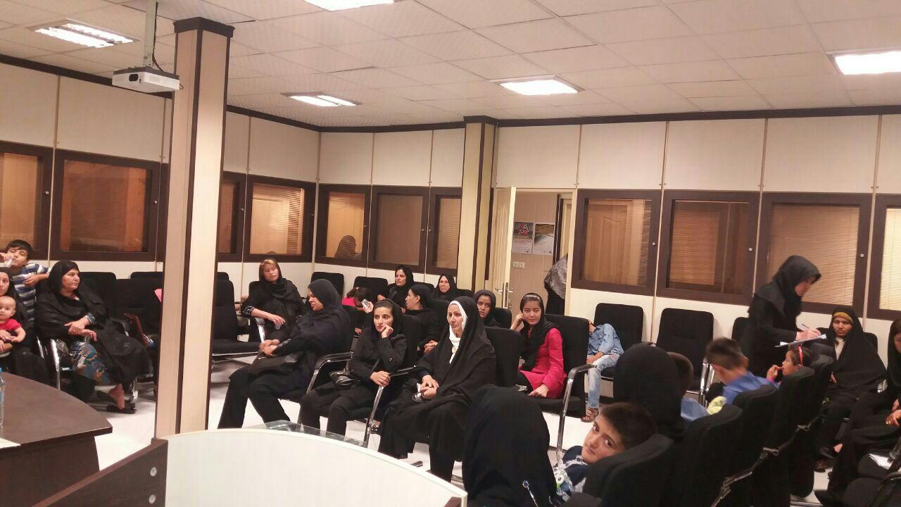 کلاس آموزشی با موضوع مقابله  و پیشگیری از اعتیاد