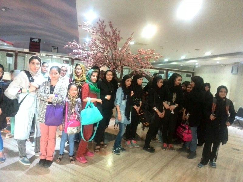 اردوی پرهیجان دختران مهرآفرین در پارک آبی