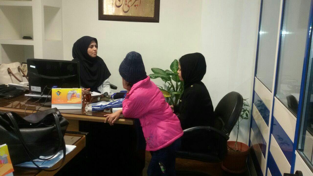 ویزیت مددجویان و خانواده های تحت پوشش در کانون جوانان مهرآفرین
