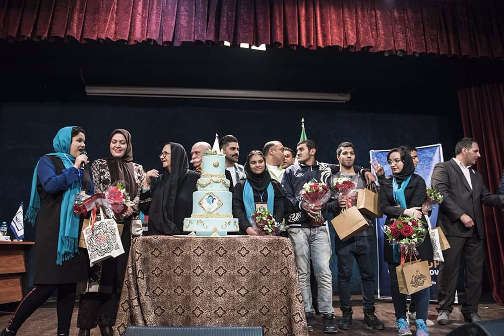 """برگزاری  جشن """" لبخند مهر """" با حضور جمعی از اهالی هنر و یاوران مهرآفرین"""