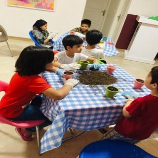 آشنایی با پرورش ماهیان زینتی/ نخستین اردوی علمی مرکز رشد مهرآفرین