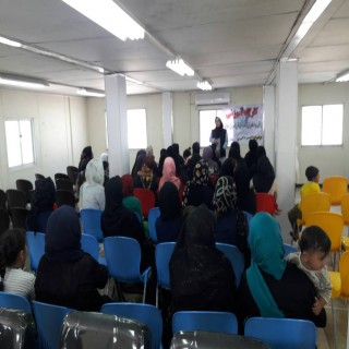 برگزاری کارگاه های آموزشی در محل پایگاه خدمات اجتماعی مهرآفرین در سرپل ذهاب