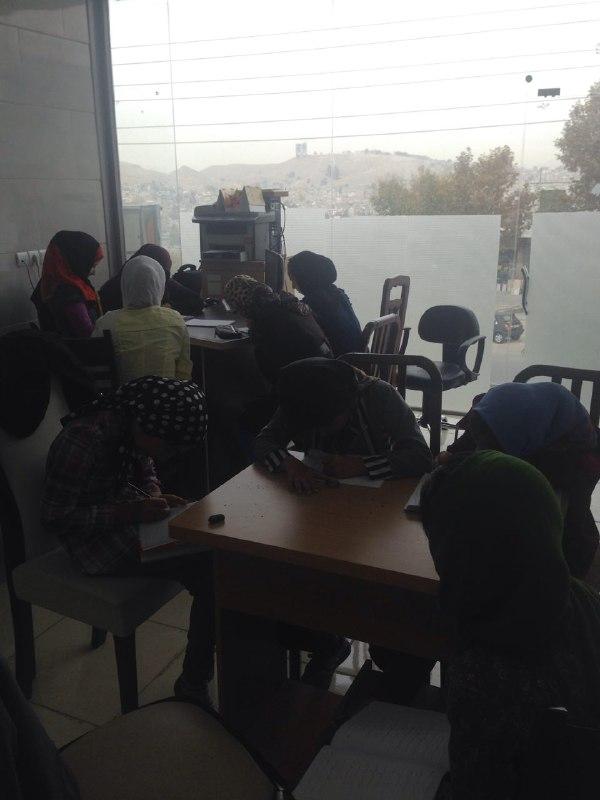 شعبه البرز مهرافرین در حال برگزاری کلاسهای خطاطی