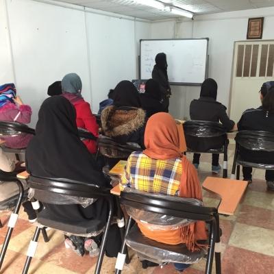 زنگ آموزش زبان انگلیسی برای دانش آموزان تحت حمایت مهرافرین زده شد