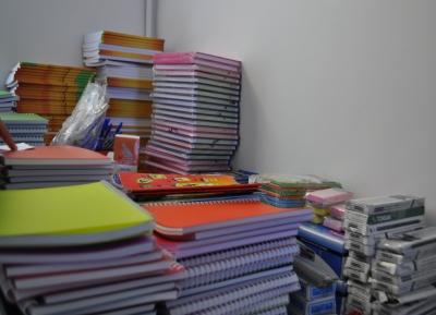 بیش از 1000 دانش آموز نیازمند، سال تحصیلی خود را با بسته های لوازم التحریر اهدایی مهرآفرین آغاز کردند