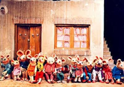 بچه های مهرآفرین به دیدن شهر موشها رفتند