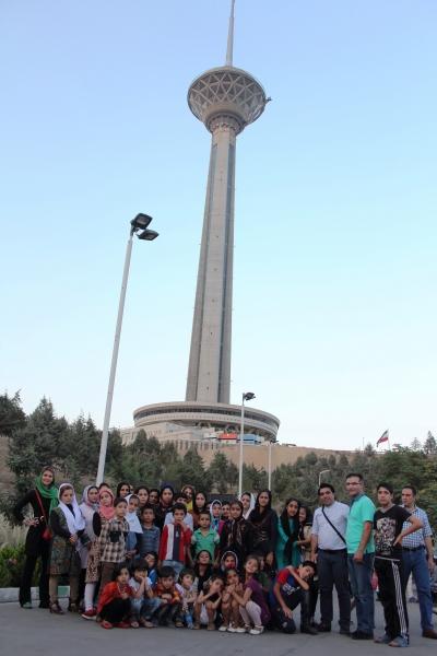 تجربه یک روز شاد برای کودکان کار و خیابان در برج میلاد