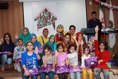 کودکان مهرآفرین تولد خود را جشن گرفتند