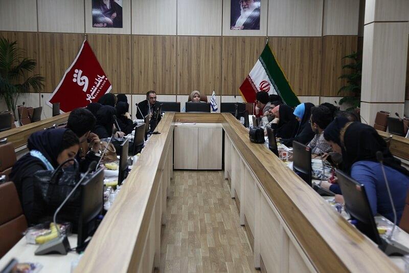ازدواج کودکان/ عدم وجود نهاد ملی حمایت از کودک در ایران/ تقابل نهادهای متولی
