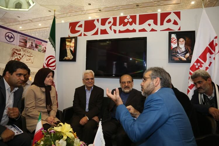 مدیر عامل مهرآفرین از نمایشگاه مطبوعات و رسانه ها بازدید نمودند