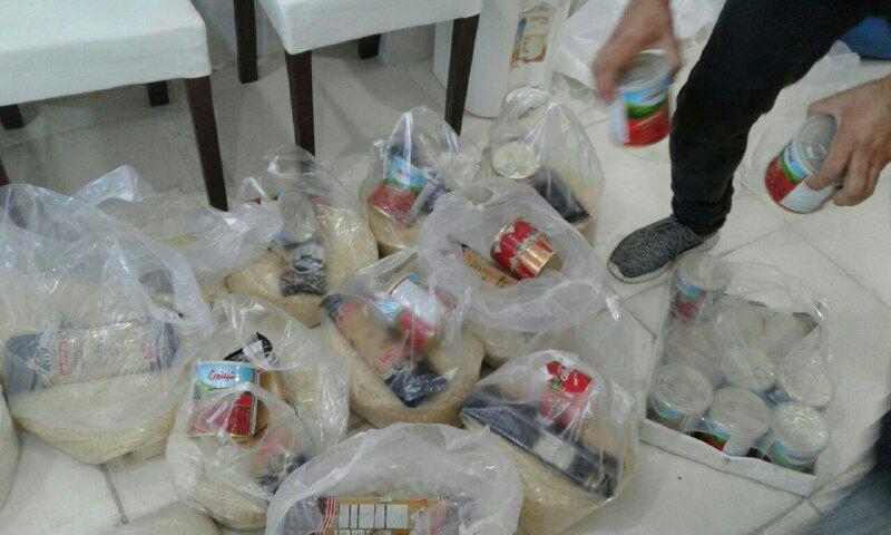 توزیع بسته ارزاق در مهرآفرین شعبه کرج