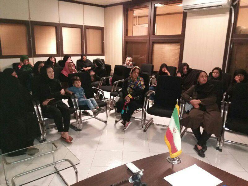 برگزاری کارگاه آموزشی با موضوع بلوغ نوجوانی در کانون جوانان مهرآفرین