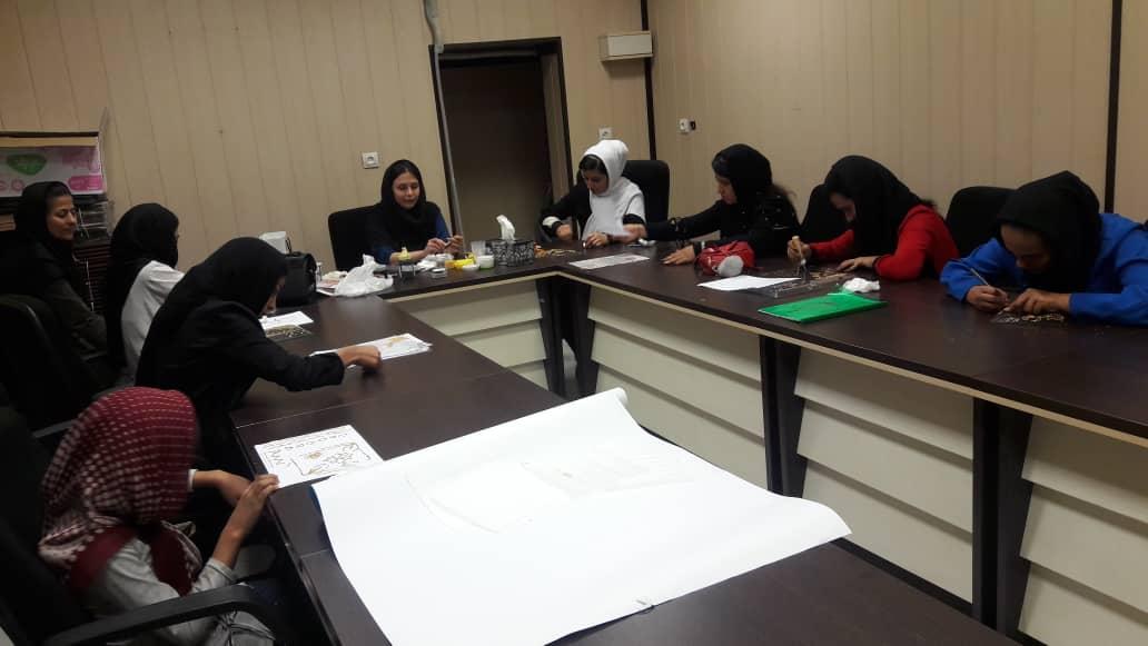 کلاسهای تابستانی برای دخترانِ کار
