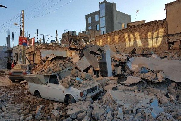 مدیرعامل موسسه  در بازدید از مناطق زلزله زده کرمانشاه: سوء مدیریت در توزیع اقلام در مناطق زلزله زده در روستاها/ گلایه مردم از مسئولان