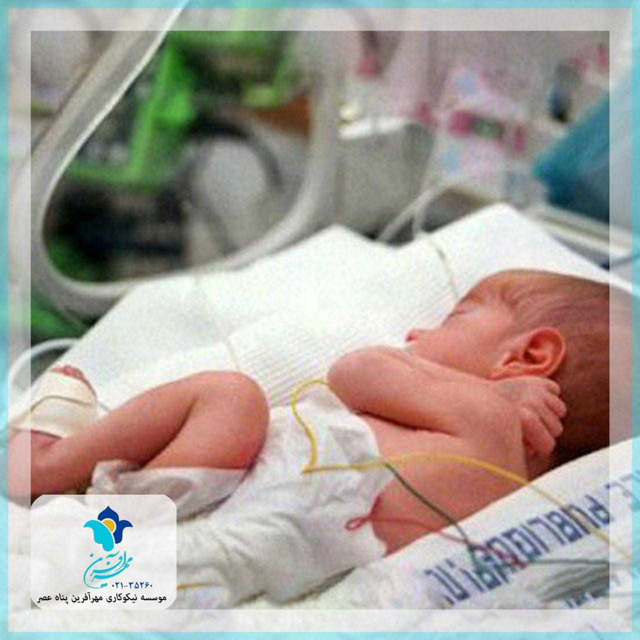 چانه زدن برای خرید و فروش نوزاد/ صف کشیدن مشتریان در حوالی بیمارستان