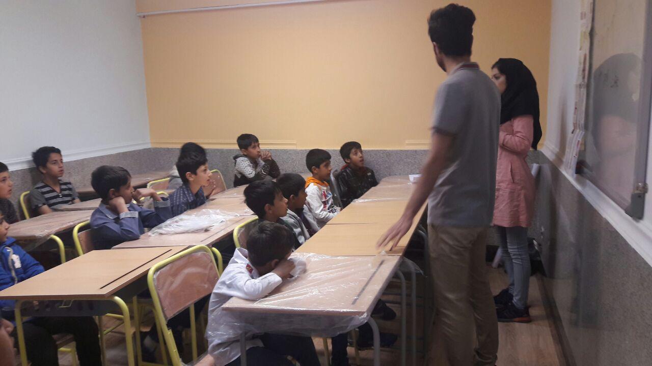 فرایند بازگرداندن تعداد ۲۵۰ نفر از کودکان بازمانده از تحصیل در کانون جوانان مهرآفرین