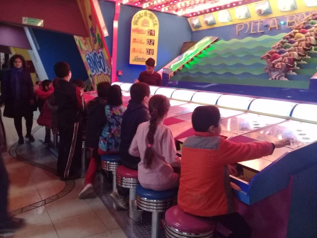 اردوهای تفریحی فرزندان مهرآفرین در فصول سرد سال هم ادامه دارد