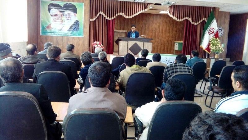 جلسه آموزشی مهارت ارتباط موثر برای مددجویان شهرستان هندودر برگزار شد.