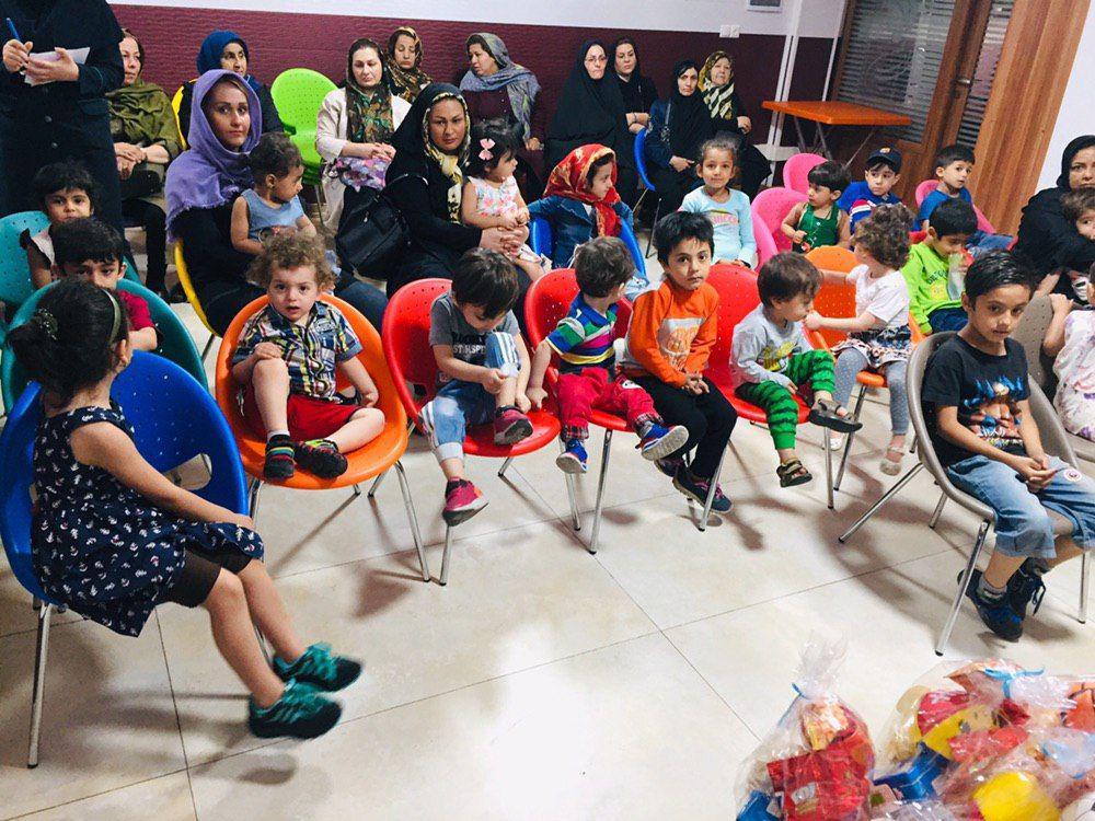 جشن تولد فرزندِ از دست رفته یکی از یاوران با حضور بچههای مهرآفرین